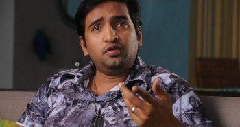 Santhanam clash with Vijay and Vishal