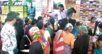 'A sari a rupee' proves lucky for him