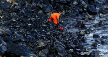 20 ton oil on ennore sea:-