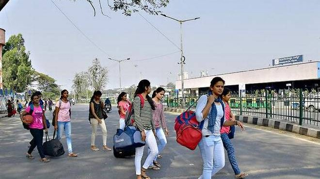 Skywalk will not help commuters, but add to chaos at Majestic: Experts