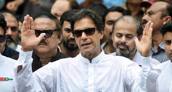 Imran Khan to take oath shortly in Islamabad