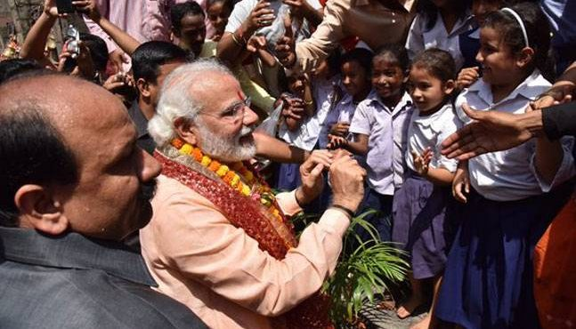 Modi birthday celebration visits School