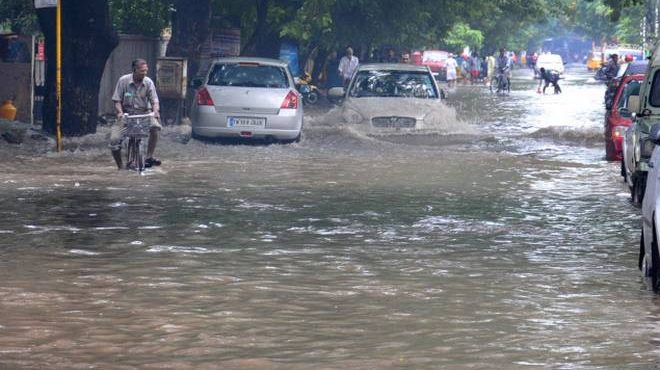 Heavy rain expected in coastal areas