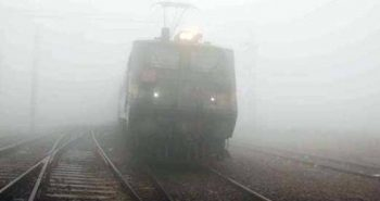 Train & air services delayed in Delhi