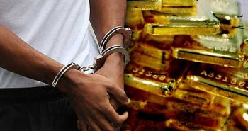 Girl Arrested for smuggling gold