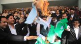 High Court lawyers burned pakistan flag