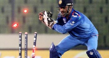 ICC warned Never leave your crease when MSD is behind!