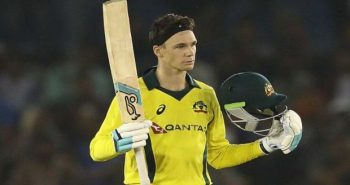 Aus won by 4 wickets in Fourth ODI